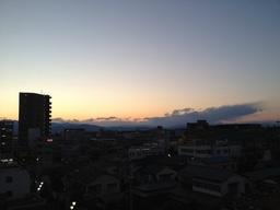 大和の夕暮れ