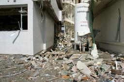志津川病院のがれき