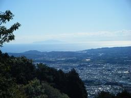 ヤビツ峠からの伊豆大島