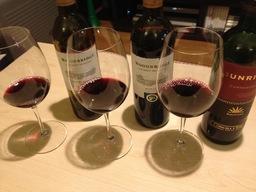 ワインのみくらべ